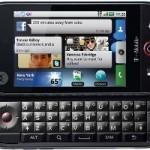 Motorola Cliq 2 _3