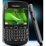 BlackBerry Bold 9930_2