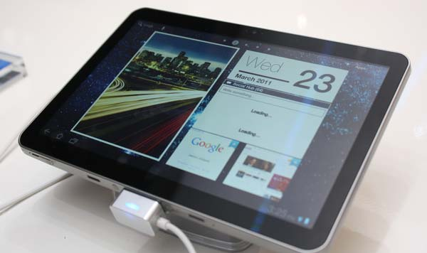 Samsung GALAXY Tab 8.9 LTE_2