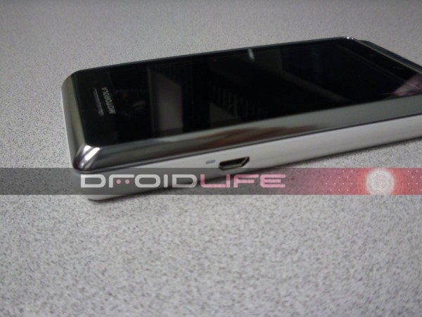 Motorola DROID 2 Global _4
